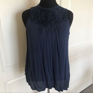 Altar'd State Sleeveless Navy w/ lace flowy top
